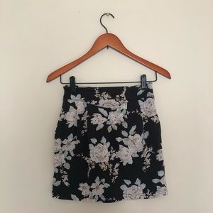 MINKPINK Floral Mini Skirt